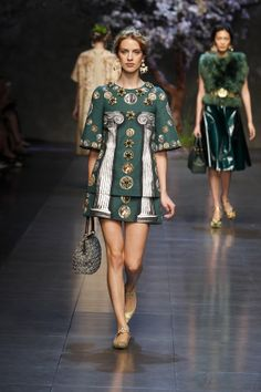 dolce-and-gabbana-ss-2014-women-fashion-show-runway-21-zoom