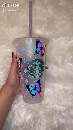 Copo Starbucks, Starbucks Tumbler Cup, Personalized Starbucks Cup, Custom Starbucks Cup, Personalized Cups, Starbucks Drinks, Bedazzled Bottle, Bling Bottles, Coffee Cup Art