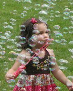 Beats B' Poppin Children's Bubble Parties of New Jersey Bubble Fun, Bubble Party, How To Make Bubbles, Blowing Bubbles, Soap Bubbles, Dew Drops, Rain Drops, Mermaid Birthday, Happy Kids