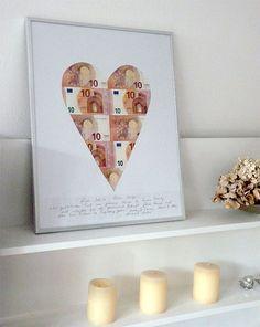 Wrapping money gifts in an original way - heart made of bills - .- Geldgeschenke originell verpacken – Herz aus Scheinen – Wrapping money gifts in an original way – heart made of banknotes – gifts to be - Wedding Gifts For Newlyweds, Newlywed Gifts, Diy Birthday, Birthday Gifts, Don D'argent, Diy Wedding, Wedding Favors, Wedding Ceremony, Ideias Diy
