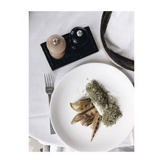 Pranzetti leggeri e deliziosi! questa la scelta di @elenellis . . . #argentariogolf #argentarioexperience #lunch #damadamarestaurant #foodie