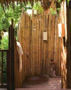 For you who have your own pool inside your home territorial, it will be perfect if you construct an outdoor shower near the pool. An outdoor shower will Outdoor Pool Shower, Outdoor Toilet, Bamboo Bathroom, Nature Bathroom, Master Bathroom, Jungle Bathroom, Outside Showers, Garden Shower, Outdoor Bathrooms
