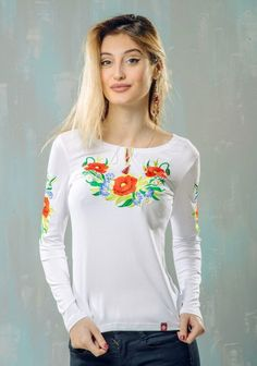 Жіноча вишита футболка - довгий рукав (339). Жіноча вишита футболка на  довгий рукав 51c15a7f1fb66