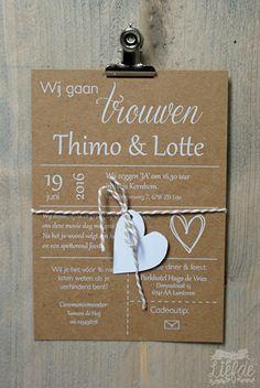 Kraft trouwkaart met hartje - Thimo & Lotte. Kraft wedding invitation