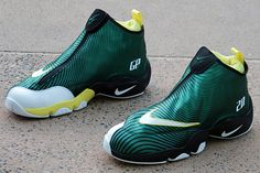 Sole-Collector-Nike-The-Glove-Sonics-7