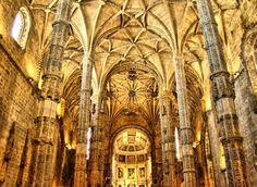 Interior_do_Mosteiro_dos_Jerónimos  (Lisboa)