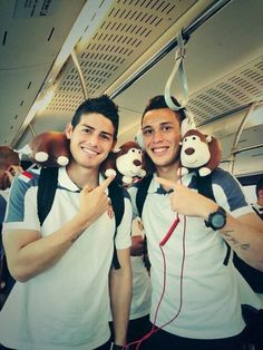 James rodriguez uploaded by jhuliana 22 on We Heart It James Rodriguez, Football Soccer, Football Players, International Soccer, Fifa World Cup, My Passion, Swagg, Real Madrid, Superstar
