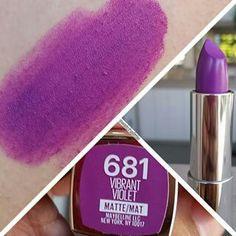 47 New Ideas For Nails Winter Purple Lipsticks Grey Nail Designs, Winter Nail Designs, Fall Smokey Eye, Violet Lipstick, Maybelline Lipstick, Lavender Nails, Best Lipsticks, Winter Makeup, Beauty Book