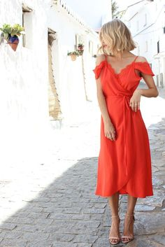 A beautifully feminine dress for a vacation in Greece or Italy. Perfect for sunset drinks. - high end jewelry, fine silver jewelry, jewelry beads *sponsored https://www.pinterest.com/jewelry_yes/ https://www.pinterest.com/explore/jewellery/ https://www.pinterest.com/jewelry_yes/body-jewelry/ https://www.overstock.com/Jewelry-Watches/Jewelry/13/dept.html