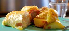 Witlof met ham en kaas in bladerdeeg is makkelijk te maken en érg lekker, bijvoorbeeld met aardappels uit de oven. Klaar in 30 minuten, hier het recept.