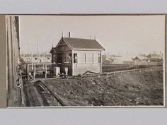 The Northcote Loop Box. [picture] , State Library of Victoria