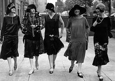 Retro Rack: Dressing 1920s with a Rack