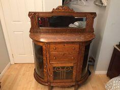 Antique Buffet Vaisselier Rare | Art et objets de collection | Sherbrooke | Kijiji