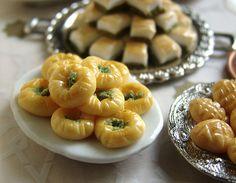 Turkish Pastries  Bülbül Yuvası.......
