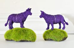 Your place to buy and sell all things handmade Cow Ornaments, Glitter Ornaments, Wedding Favors, Party Favors, Purple Cow, Purple Glitter, Gifts For Pet Lovers, Cows, Hostess Gifts