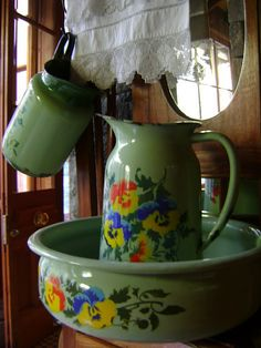 Beautiful water pitcher and matching bowl! A lovely addition to enhance a room.
