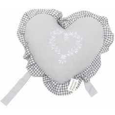 http://acahome.com/2731-1413-thickbox/cojin-gris-corazon.jpg