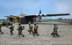 Dioramas Discussion Group - missing-lynx.com: Gliders on Landing Zone 'Z', 17 September 1944