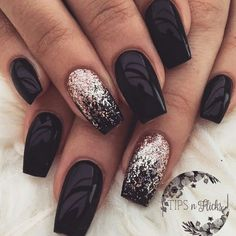 The advantage of the gel is that it allows you to enjoy your French manicure for a long time. There are four different ways to make a French manicure on gel nails. Black Nail Designs, Acrylic Nail Designs, Nail Art Designs, Nails Design, Acrylic Nails, Coffin Nails, Stiletto Nails, Design Art, Design Ideas