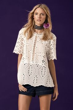 Ideias Fashion, Diy Fashion, Womens Fashion, Fashion Design, Fashion Trends, Simplicity Fashion, Banquet Dresses, High Fashion Photography, Beautiful Blouses
