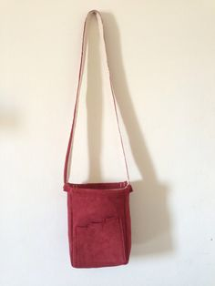 Reversible side bag, red and canvas. My design. 50$.
