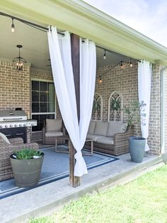 Small Outdoor Living Space on a budget Covered back patio ideas on a budget small DIY Casa Patio, Small Backyard Patio, Backyard Patio Designs, Backyard Ideas, Backyard Pools, Pool Ideas, Backyard Landscaping, Pool Decor Ideas, Small Outdoor Patios