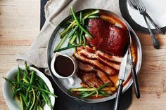 Slow cooker pork belly in apricot sauce