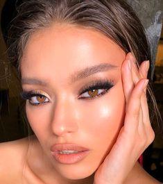 natural makeup look tutorial Glam Makeup, Skin Makeup, Makeup Inspo, Bridal Makeup, Makeup Art, Wedding Makeup, Makeup Inspiration, Makeup Ideas, Makeup Hacks