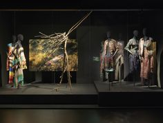 A MIDSUMMER NIGHT'S DREAM theme - Dries Van Noten Inspirations @ MoMu Fashion Museum Antwerp / (c) Koen de Waal