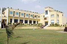 Top Notch Hotel & Resort of Delhi