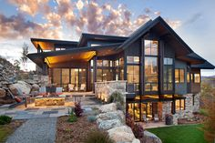 This two-story contemporary mountain home was designed in 2016 by Vertical Arts Architecture, located in Steamboat Springs, Colorado. architecture, Breathtaking contemporary mountain home in Steamboat Springs Dream Home Design, Modern House Design, Modern Style Homes, Cool House Designs, Design Exterior, Exterior Paint, Modern Exterior, Door Design, Garage Design