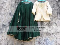 Skirt Paired Up With Kediya Blouse Choli Designs, Lehenga Designs, Saree Blouse Designs, Dress Designs, Lehnga Dress, Lehenga Blouse, Lehenga Choli, Bridal Lehenga, Indian Dress Up