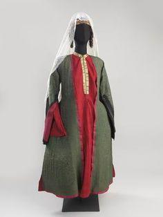 Jewish woman's dress, late 19th-early 20th century, Tbilisi, Georgia.