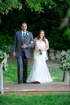 Utah wedding photographer | AlliChelle Photography | Wedding ceremony inspiration | Johnson's Mill outdoor summer wedding Midway, Utah