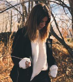 "37 mil Me gusta, 93 comentarios - Marta Riumbau (@riumbaumarta) en Instagram: ""Buscando los días."" Daniel Wellington, Instagram, Fashion, Searching, Moda, Fashion Styles, Fashion Illustrations"