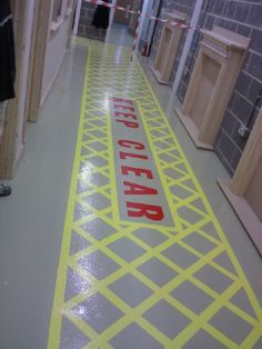 Roadline floor markings