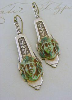 Earrings Art Deco - Egyptian Green Glass and Vintage Brass - Handmade