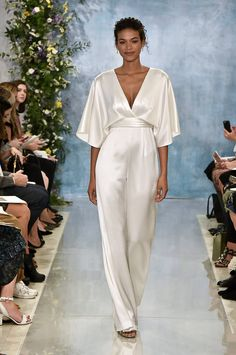 11 Fierce Wedding Jumpsuits And Pantsuits From Bridal Fashion Week. When Is Bridal Fashion Week 2019 2018 Wedding Dresses Trends, Fall Wedding Dresses, Designer Wedding Dresses, Bridesmaid Dresses, Winter Dresses, Wedding Attire, Bridal Pants, Wedding Jumpsuit, Bridal Pant Suits
