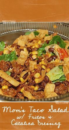 Mom's Taco Salad with Catalina Dressing and Fritos. It's the best taco salad and great for potlucks! Mom's Taco Salad with Catalina Dressing and Fritos. It's the best taco salad and great for potlucks! Frito Taco Salad, Taco Salad Recipes, Taco Salads, Recipe For Taco Salad, Taco Salad With Fritos, Doritos Taco, Taco Dressing Recipe, Taco Salad Bar, Taco Dip