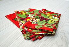 Vintage Red and Green Cloth Napkins by thewhitepepper on Etsy https://www.etsy.com/listing/210493978/vintage-red-and-green-cloth-napkins