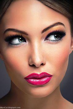 BEAUTIFUL LIPS: MAKE UP TIPS