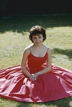 Annette Funicello ✾ lovely original photographers slide in red dress on grass Old Hollywood Stars, Hooray For Hollywood, Hollywood Icons, Hollywood Fashion, Vintage Hollywood, Hollywood Actresses, Classic Hollywood, Actors & Actresses, 50s Inspired Fashion
