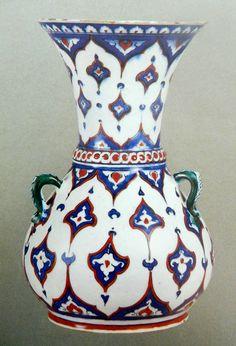 :::: ♡ ✿⊱╮☼ ☾  PINTEREST.COM christiancross ☀❤•♥•* ::::   1580, Calouste Gülbenkian Müzesi