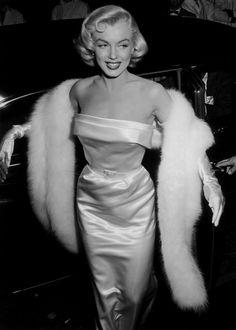 bw-fashion:  missmonroes:   Marilyn Monroe at the premiere of Call Me Madam, 1953.    b&w fashion