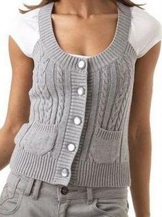 Kot Pantolonla Giyilen,Omuzları Askılı Şekilde Yapılan Kartopu El Örgüsü Bayan Yelek Modeli