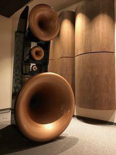Cessaro Gamma EX (元霸)exclusive model to arrive HK soon — audioexotics Audiophile Speakers, Hifi Audio, Stereo Speakers, High End Speakers, High End Audio, Horn Speakers, Recording Studio Design, At Home Movie Theater, Secret Rooms