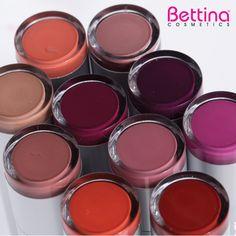 Que hoy no le falte color a tus labios... Escoge uno de los 10 colores de #Bettina Creamy #Lipstick.¡Color cremoso que hidrata tus labios!