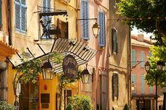 Une hostellerie en plein coeur d'un village provençal : La Cadière d'Azur !