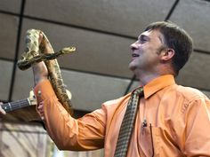"""Illustration of the bible's """"pride goeth before destruction"""" - Snake-handling preacher dies from rattlesnake bite in West Virginia and a valuable lesson is taught: don't take the bible literally!! And don't be a big show off either!"""