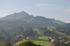 Fra #Harschbichl (1.700 m.o.h. ved St. Johann in Tirol) blev Kitzbüheler Horn (2.000 m ved mast) besteget i #uge35_2013